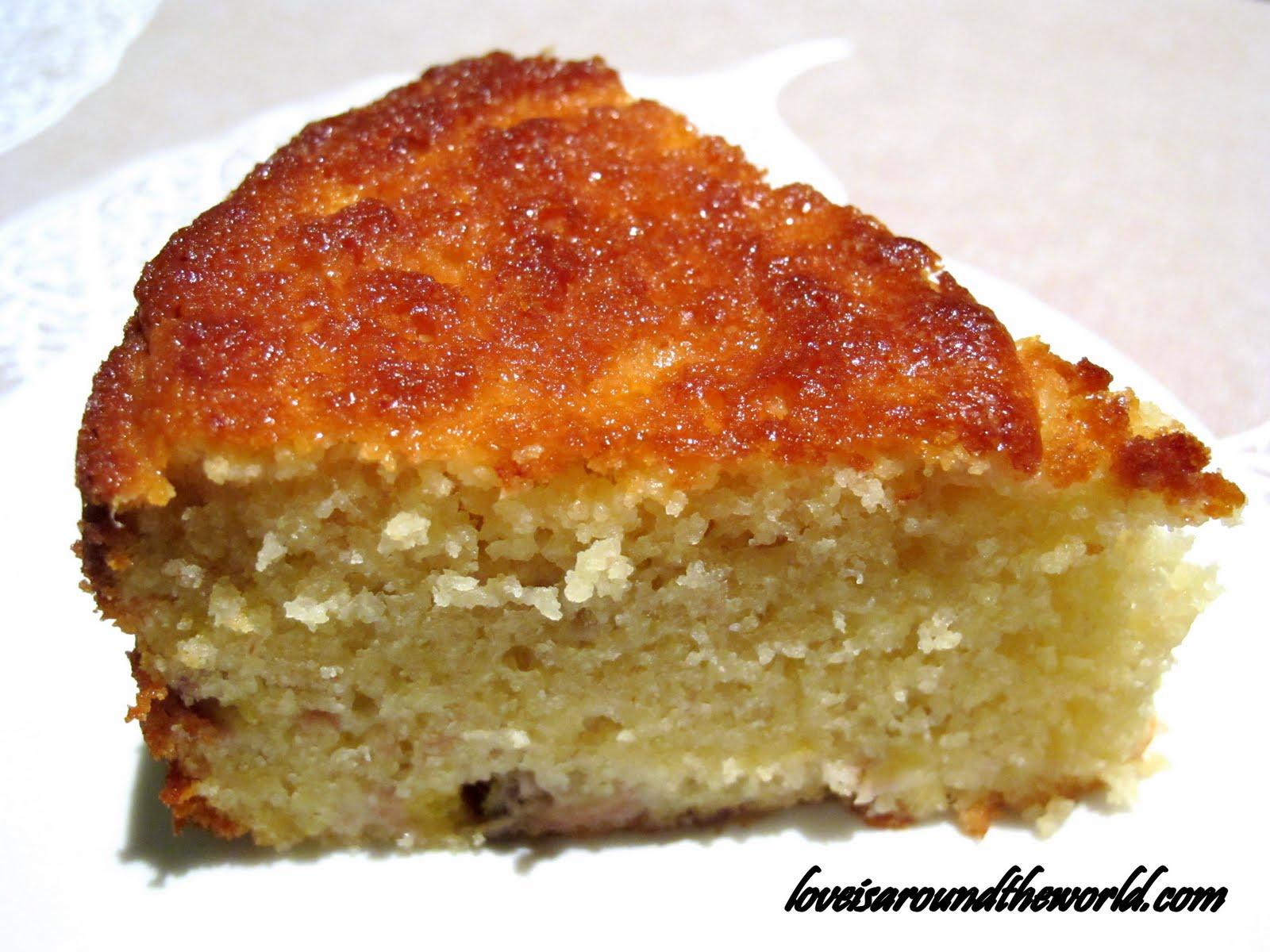 Easy Banana Cake Recipe
